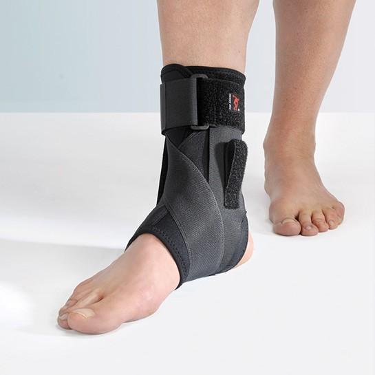 FILAMED® 901 - Cavigliera elastica con bendaggio a 8